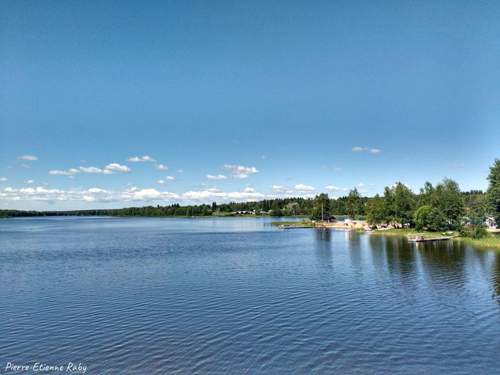 lac quiétude pays nordique scandinavie finlande
